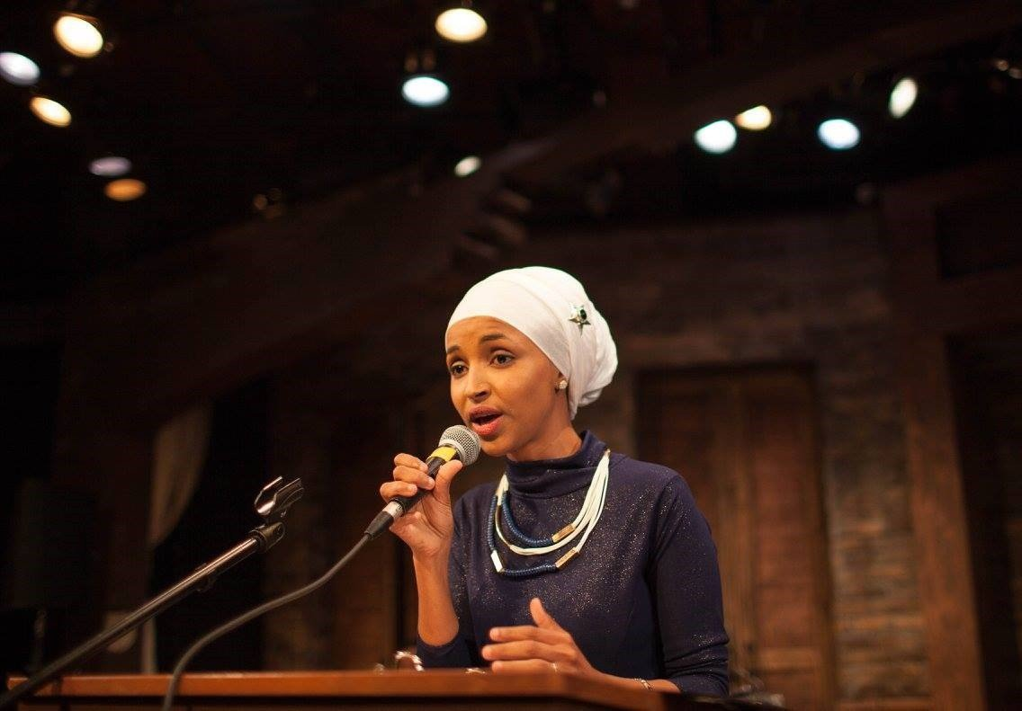 Ilhan Omar speaks at her campaign launch event on Nov. 11, 2015 at Mixed Blood Theater. Photo by Ryan Stopera.