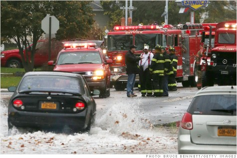 121029030314-hurricane-sandy-cellphone-carriers-story-top