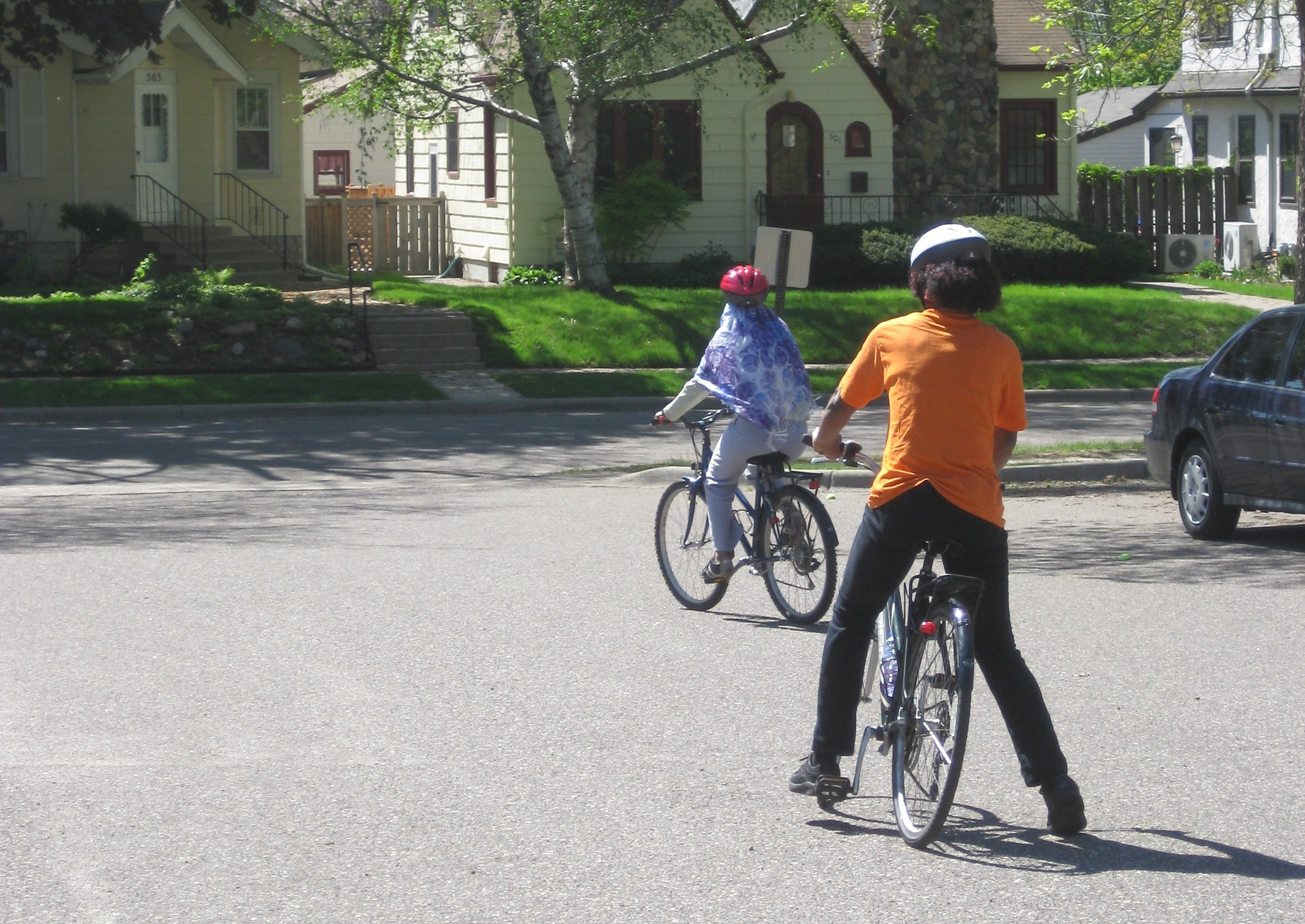 Bike Library members at a Learn to Ride class (Photo by Esther Schlotterbeck)
