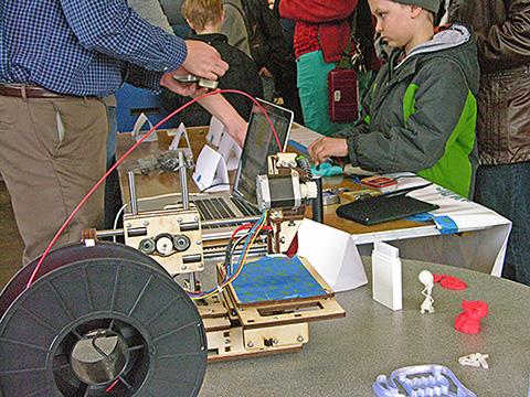 tc-makers-minne-faire_science_fun
