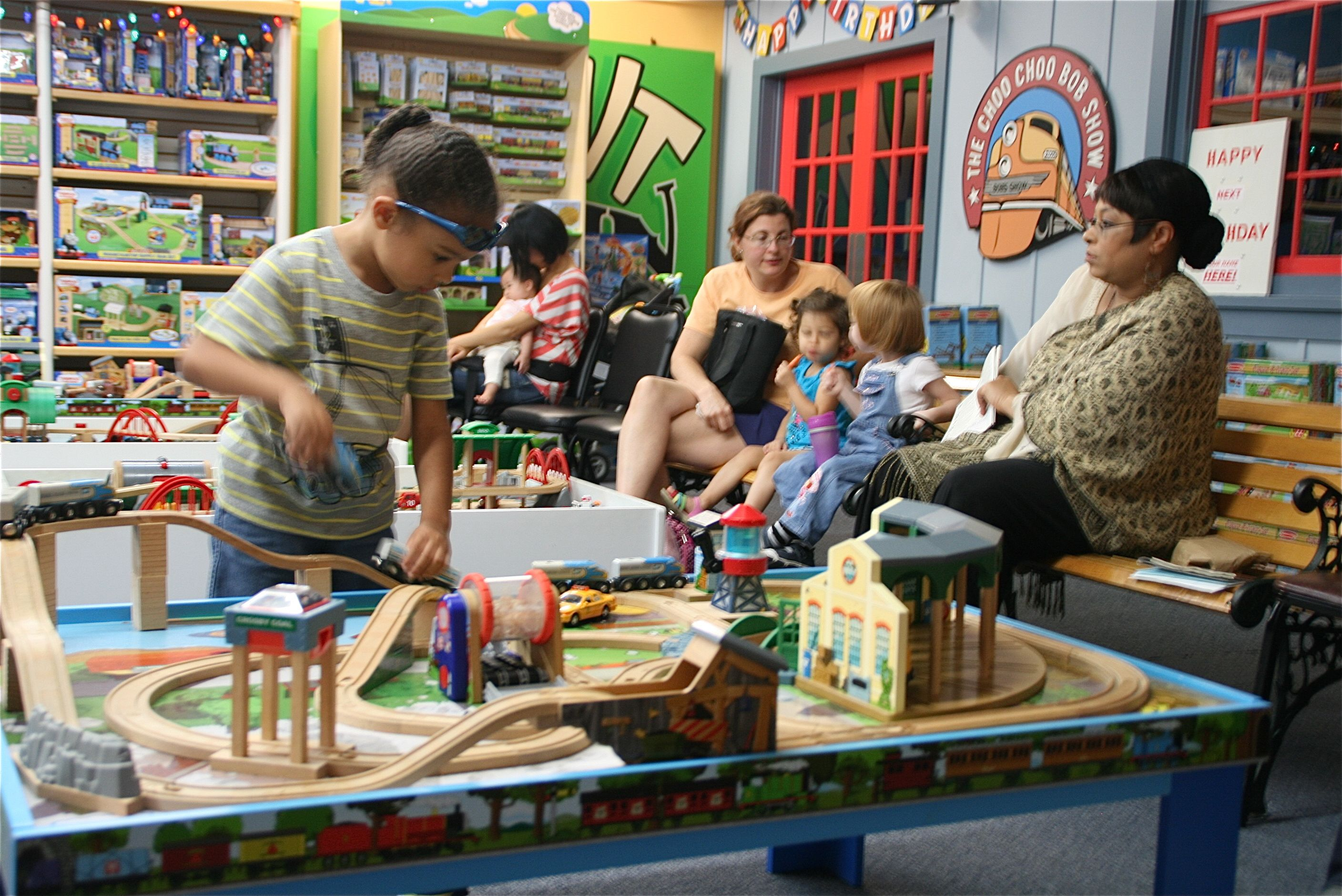 kids_can_play_and_moms_can_take_a_breather_at_the_toy_tables