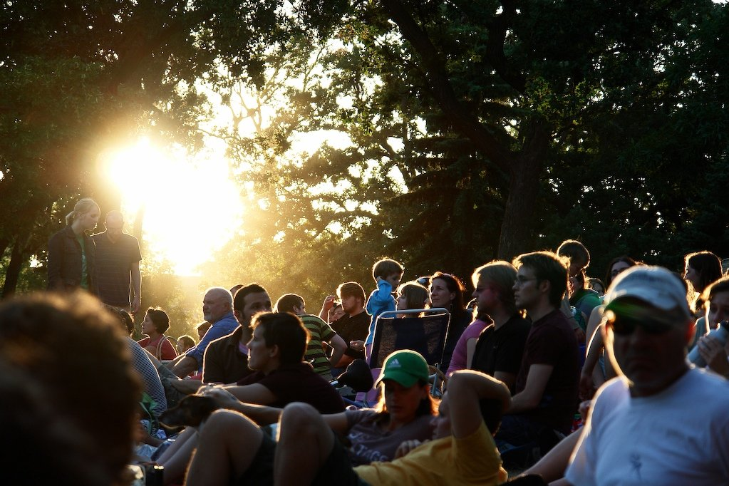 A crowd settles in for a movie in Loring Park, 2008. Photo by Marcus Metropolis (Creative Commons).
