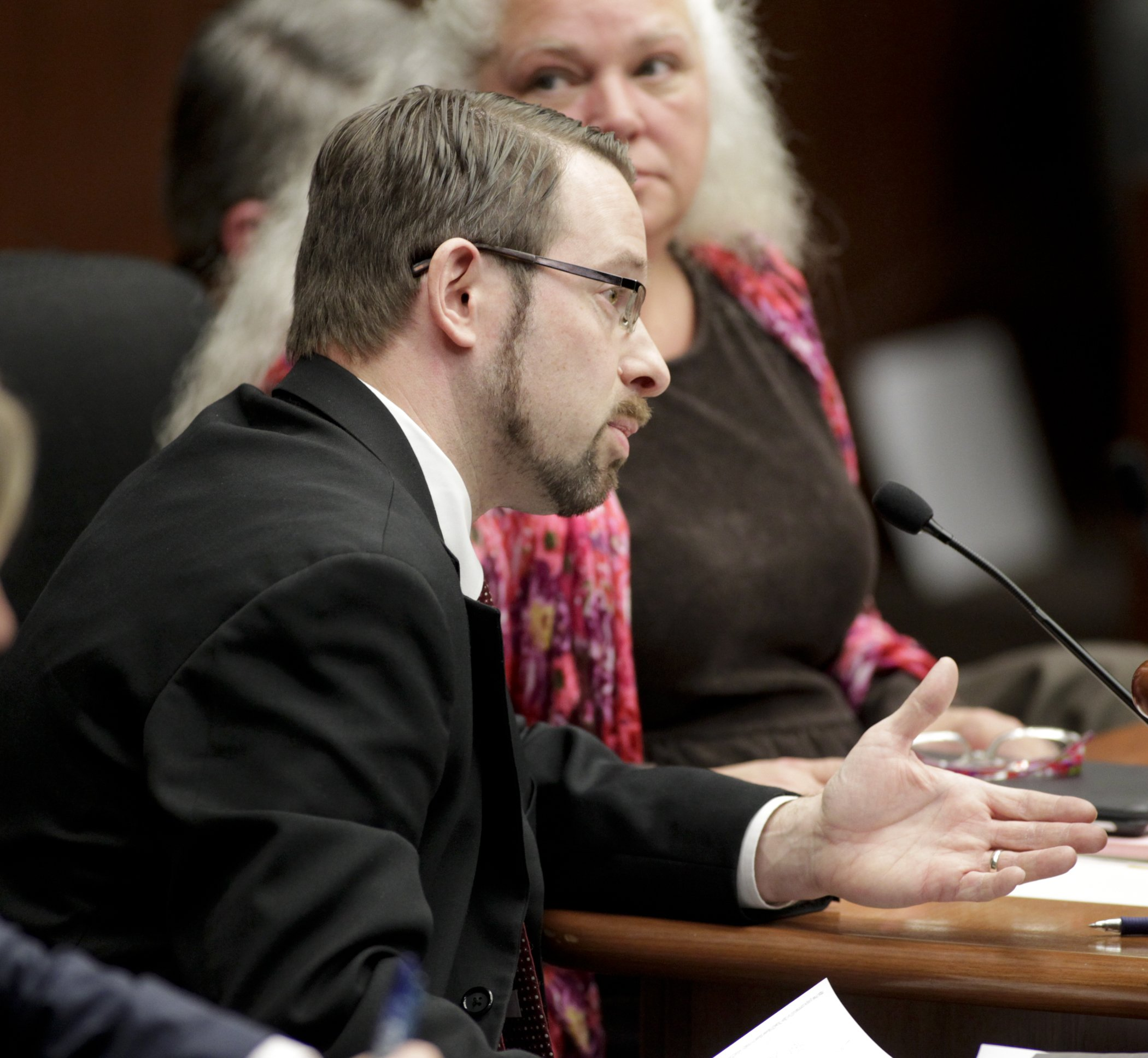 Matt Elhing from the Coalition for Government Information testifies on Rep. Mary Liz Holberg's bill HF2120, which would establish a Legislative Commission on Data Practices and Personal Data Privacy. (Photo by Paul Battaglia)