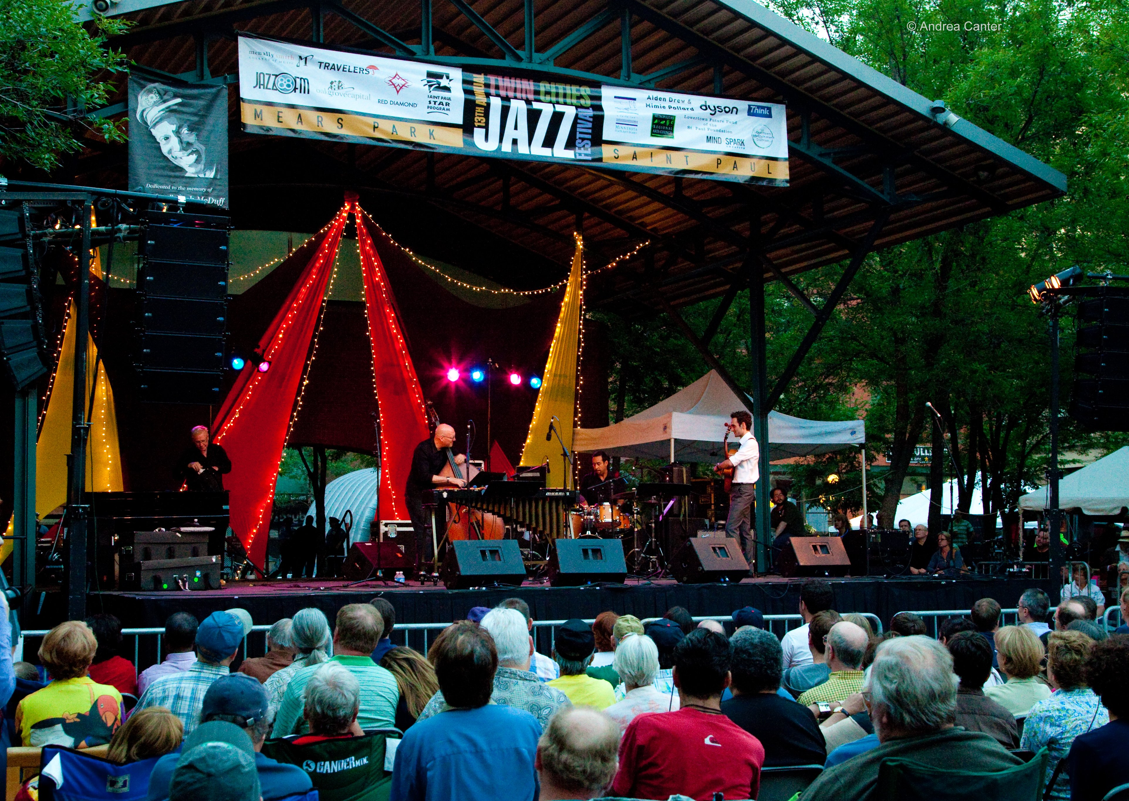 twin-cities-jazz-festival-crowd