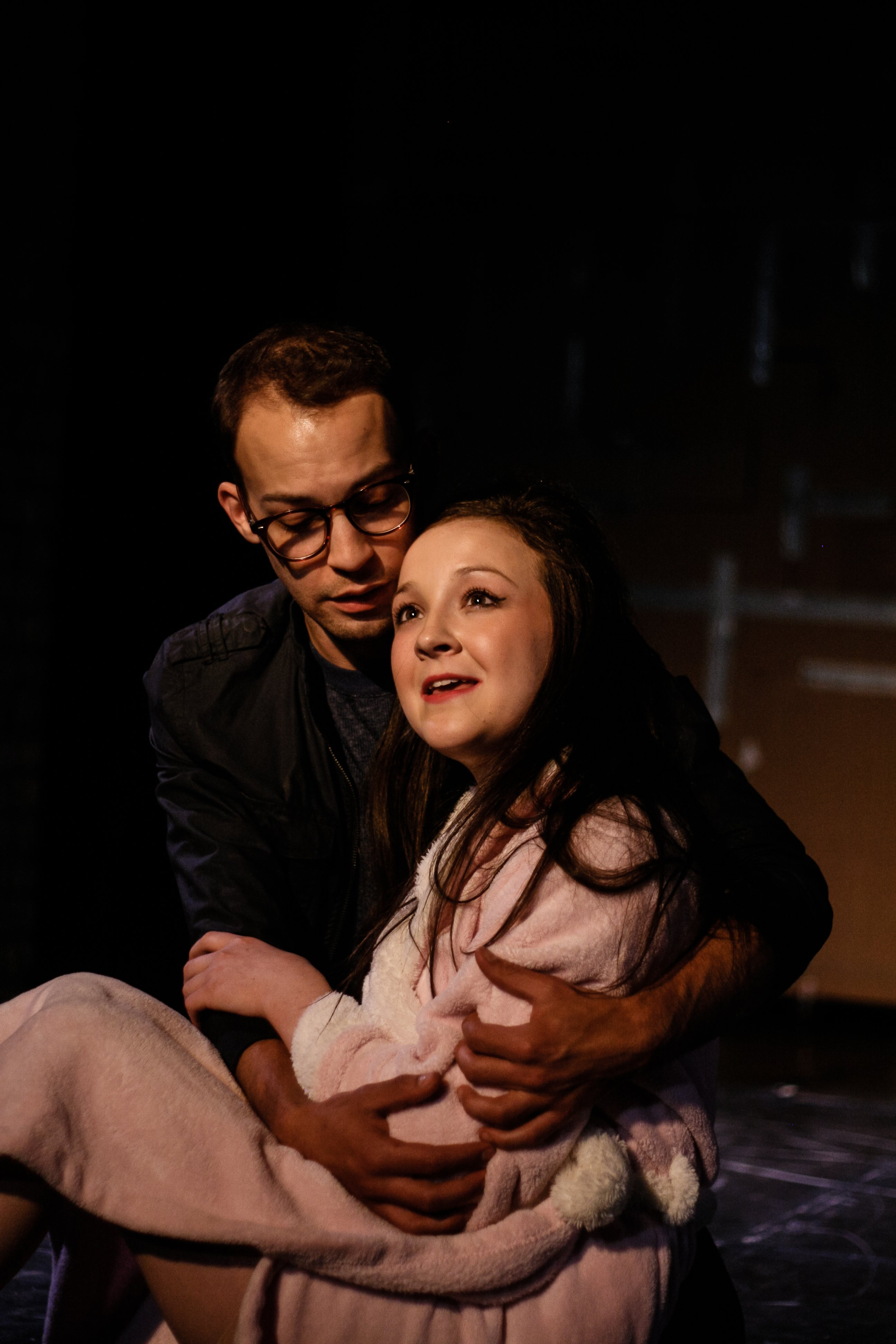 Seymour (Grant Sorenson) and Audrey (Maeve Moynihan) in 7th House Theater's production of Little Shop of Horrors; photography by Kelly Nelson