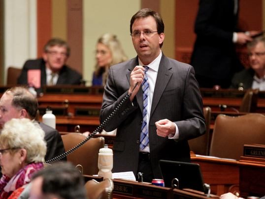 Rep. Pat Garofalo speaks during early debate on his bill, HF1027, which would modify the minimum wage for certain workers who receive tips. Photo by Paul Battaglia