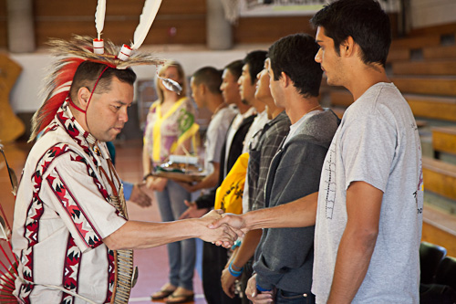 Native Americans Greet Native Hawaiians