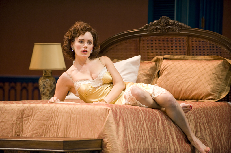 Theater Cat On A Hot Tin Roof Sizzles At The Guthrie