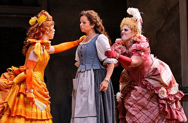 La Cenerentola (Roxana Constantinescu) contends with her wicked stepsisters Clorinda (Angela Mortellaro, left) and Tisbe (Victoria Vargas, right) in Cinderella. Photo by Michal Daniel, courtesy Minnesota Opera.