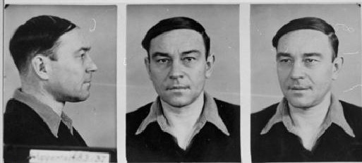 Police file photographs of a man arrested for violating Paragraph 175, 1936-1939. NRW Hauptstaatsarchiv Düsseldorf, RW 58 Nr. 3877/United States Holocaust Memorial Museum #084.