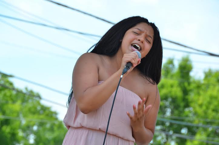 singing FLOW