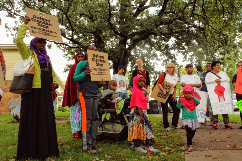 Residents and housing organizers from across the Twin Cities gathered at Glendale Townhomes on Sept. 22 as part of a day-long tour from Minneapolis to St. Paul during the Renters' Day of Action. Photo by Cristeta Boarini.