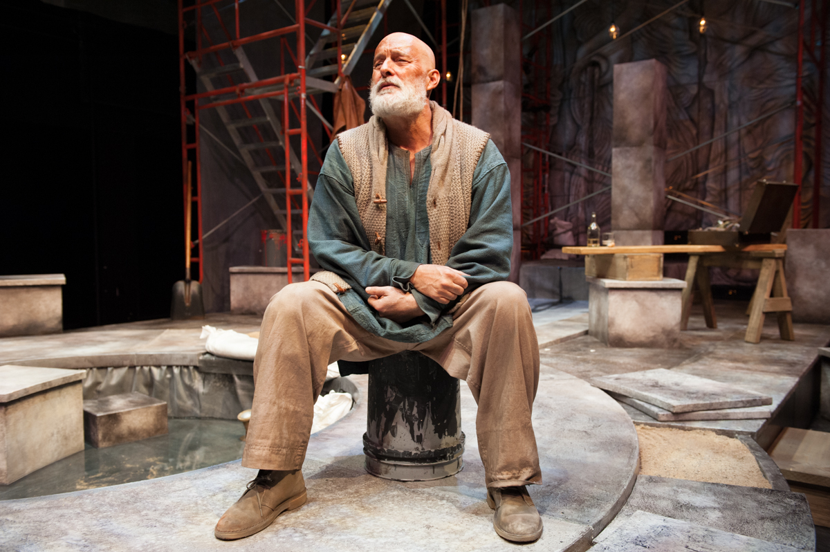 Theater review an illiad at the guthrie theater homer for Aron fenster