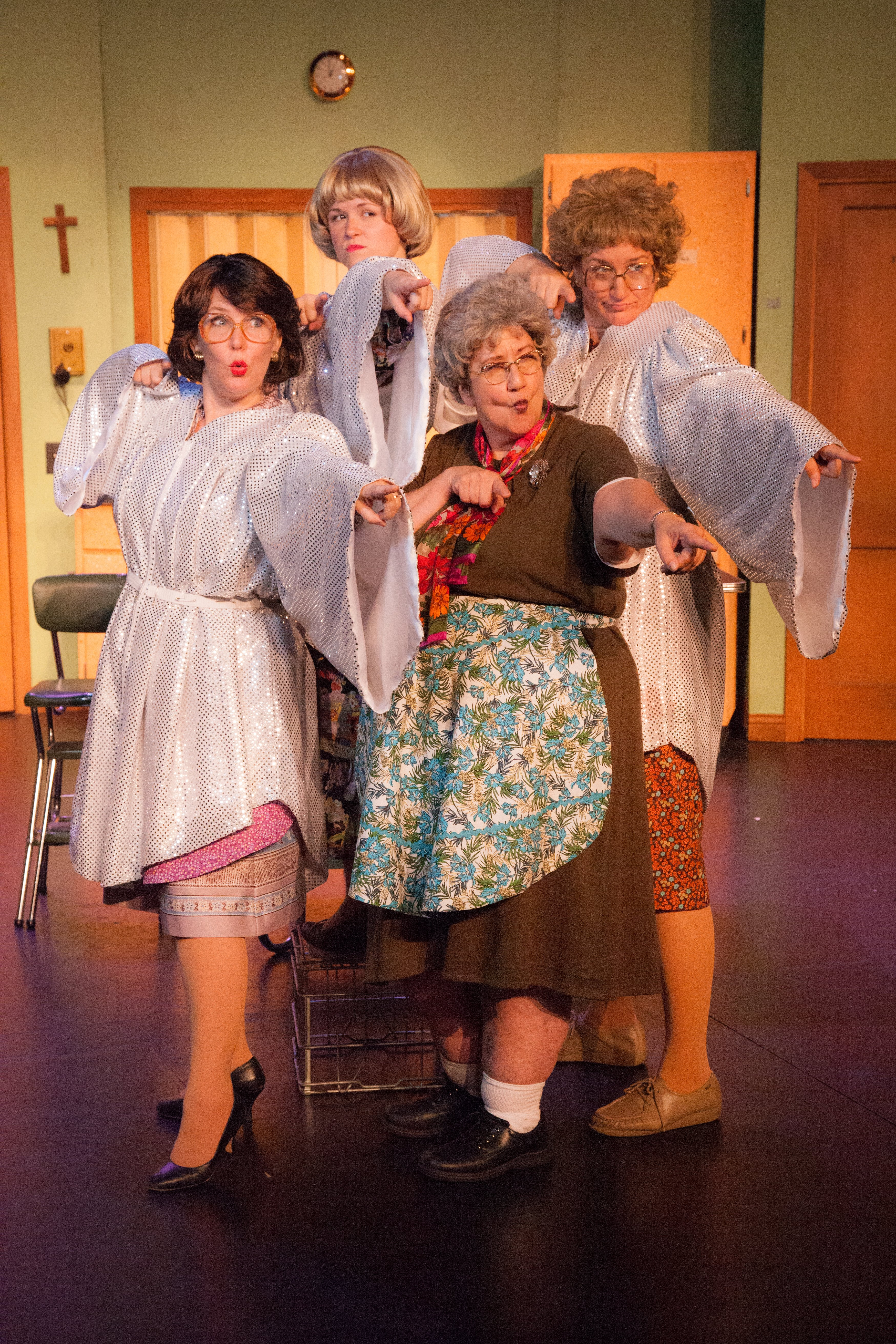 THEATER REVIEW | At The Plymouth Playhouse, The Church Basement Ladies  Serve U201cThe Last (Potluck) Supperu201d | Twin Cities Daily Planet