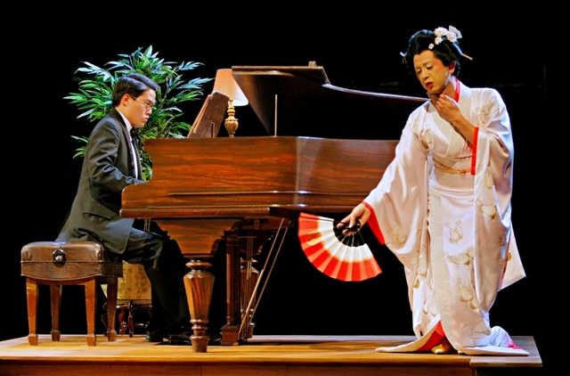 david henry hwangs m butterfly essay Is subverted in david henry hwang's m butterfly puccini portrays a docile, self- sacrificial oriental woman who is totally submissive to and.