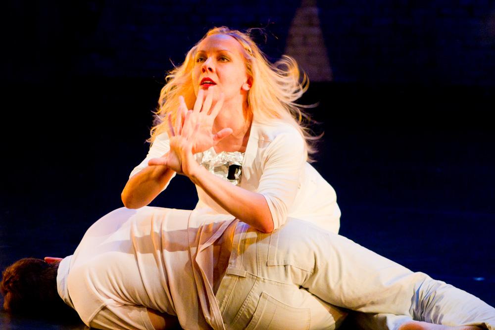 DANCE   Zenon Dance Company falls into fall   Twin Cities Daily Planet